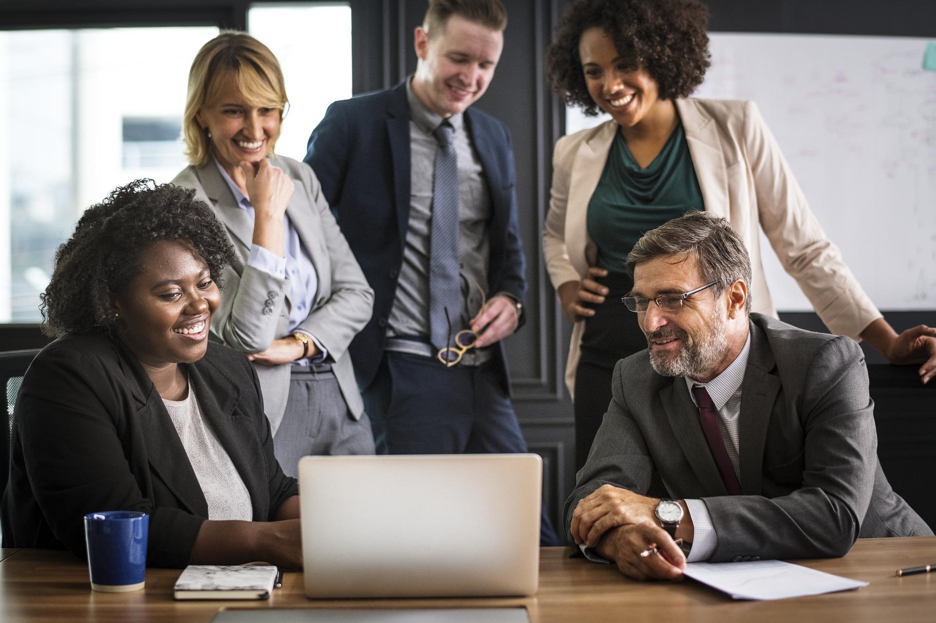 Image de couverture de: 4 outils pour moderniser votre management RH
