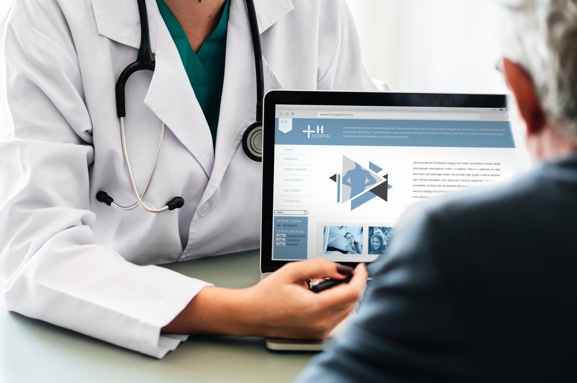Image de couverture de: La téléconsultation permet-elle de rendre le patient